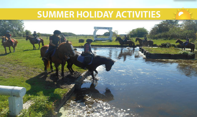 Christmas Holiday Activities at Caistor Equestrian Centre